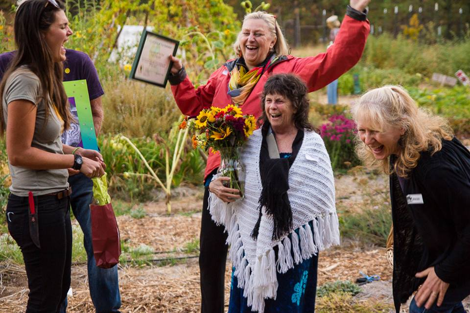 Debbie Chapman getting volunteer of the year 2015