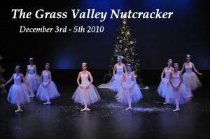 grass-valley-nutcracker-snowflakes-2010